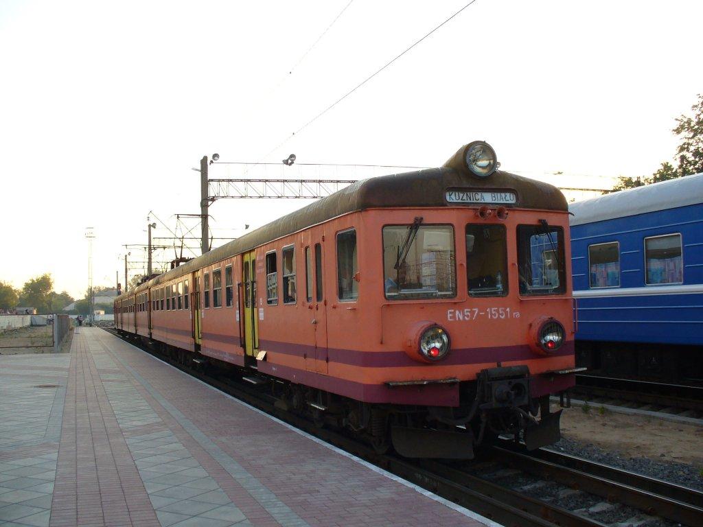 узкоколейный польский электропоезд