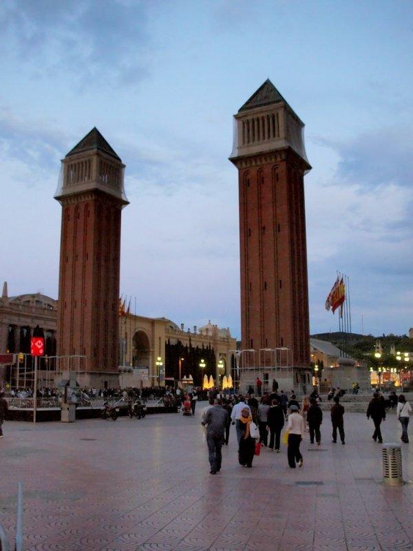 Главная площадь Барселоны!