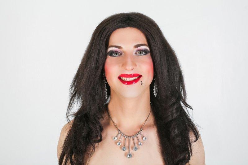Пародист Дима Черников (театр пародий, шоу двойников)- Ани Лорак