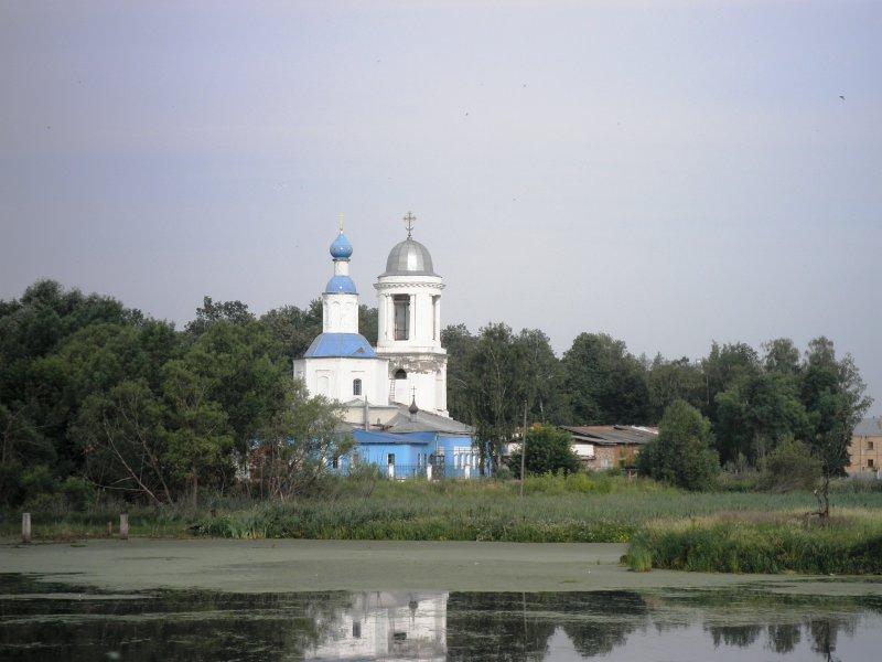 церковь в успенске