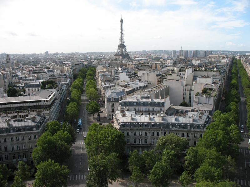 Вид на Париж с высоты