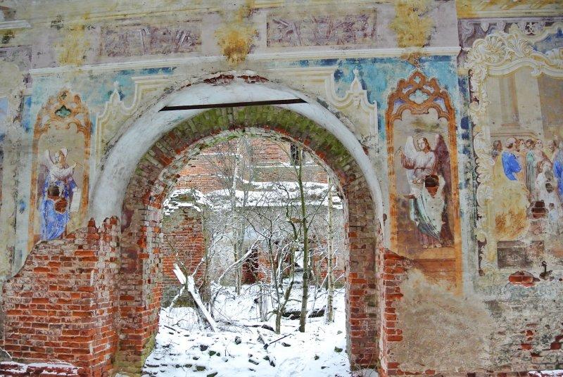 Росписи внутренних стен Христорождественской церкви