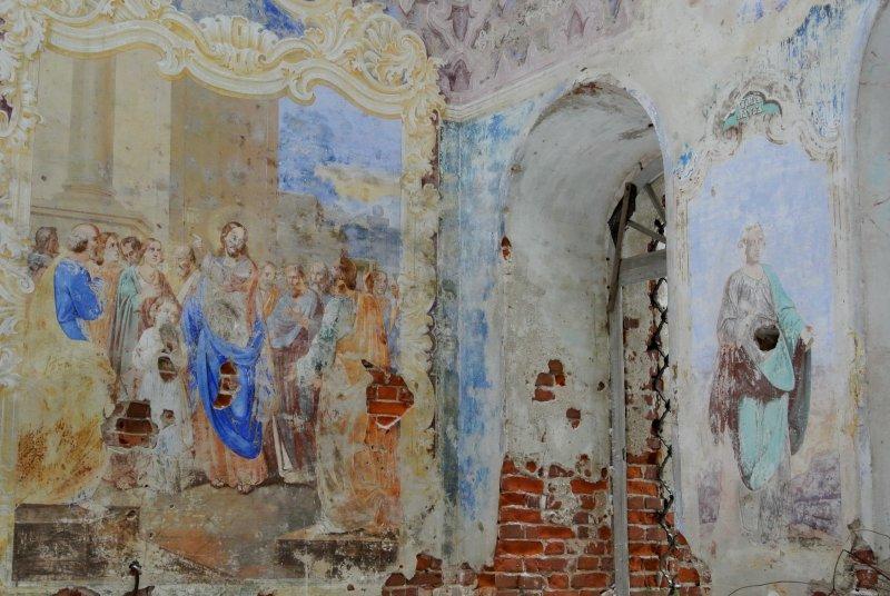 Росписи внутренних стен церкви Рождества Христова