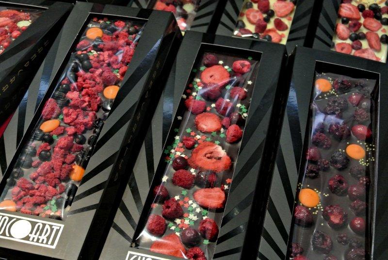 Шоколад с ягодами
