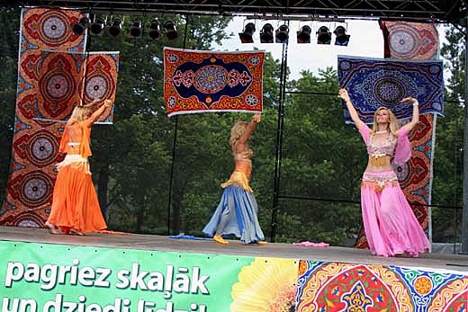 Хабиби на Международном фестивале восточного танца в Юрмале,2005 г.