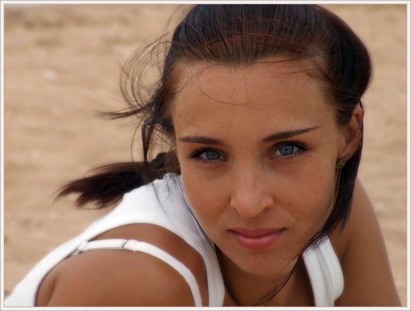 Портрет в песочных тонах