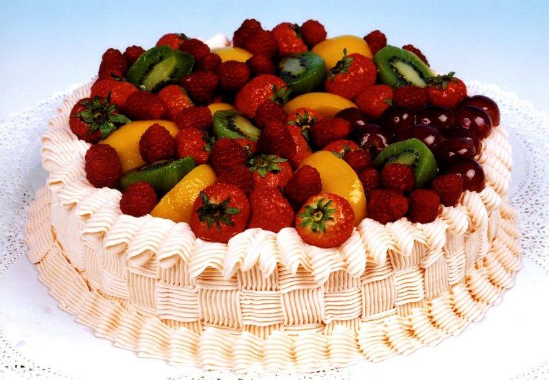 """тортик """"фруктово-ягодная корзина"""""""