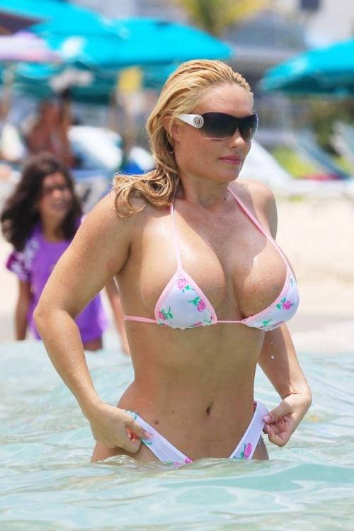 Коко в Майами