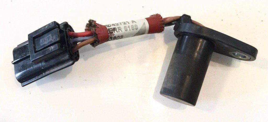 провода в разъёме датчика