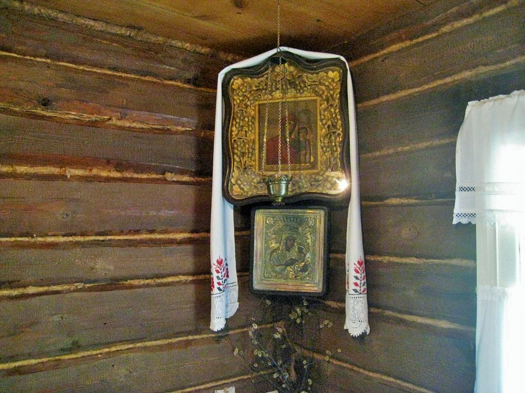 в доме-музее Сергея Есенина